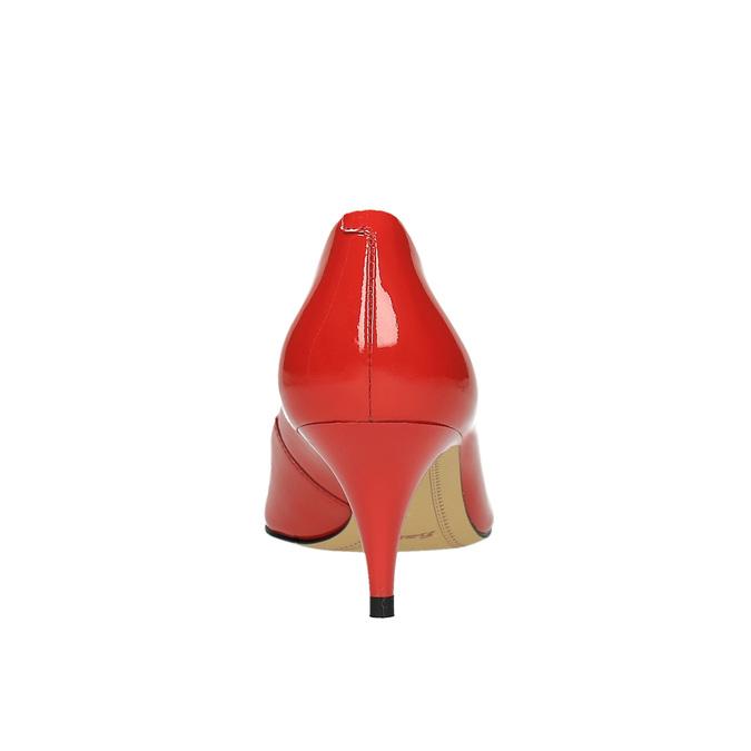 Czerwone czółenka damskie ze skóry bata, czerwony, 628-5630 - 17