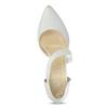 Białe czółenka w szpic z paskiem na podbiciu bata, biały, 724-1904 - 17