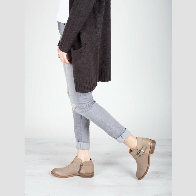 Skórzane botki zklamrami bata, brązowy, 596-3634 - 18