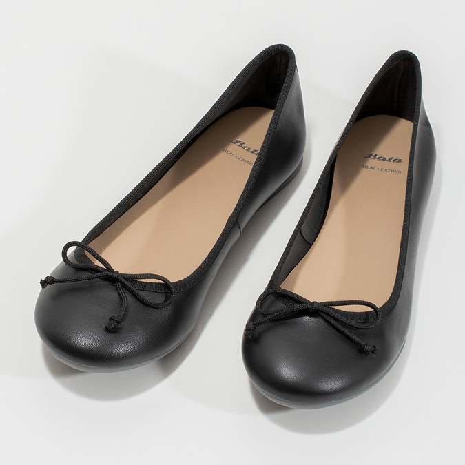 Czarne skórzane baleriny zkokardkami bata, czarny, 524-6144 - 16