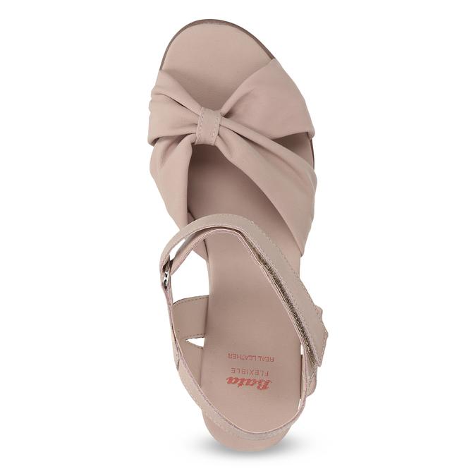 Beżowe skórzane sandały na koturnach flexible, beżowy, 666-5617 - 17