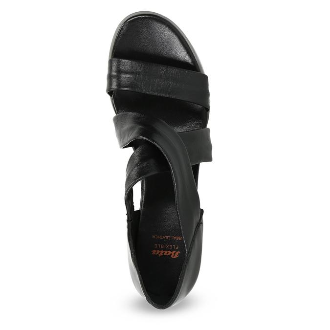 Czarne skórzane sandały na koturnach flexible, czarny, 664-6618 - 17