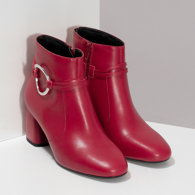 Czerwone skórzane botki zklamrami bata, czerwony, 794-5608 - 26
